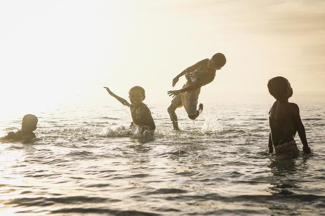 沖縄で海で泳げる期間はいつまで?